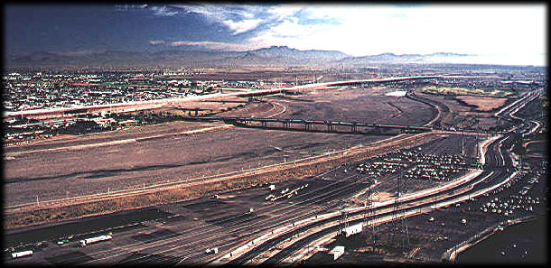 Looking east over the Salt River bed prior to the filling of the Tempe Town Lake.